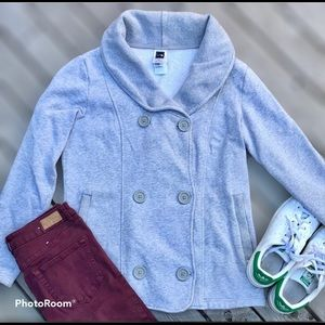 The North Face Grey Button Down Jacket Xtra button